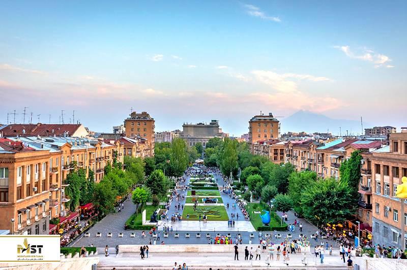 حمل بار به ارمنستان در تمام روزهای هفته